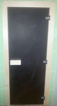 Стеклянная дверь в сауну производства Россия