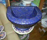Курна, отделанная синей мозаикой