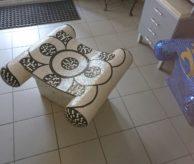 Сиденье с отделкой мозаикой